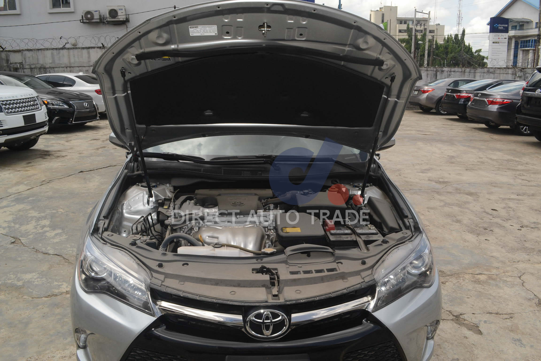 2016  Toyota Camry XSE 4Cyl.-2.5L Engine full