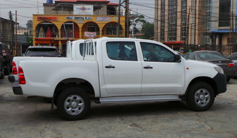 2015 Toyota Hilux Pick-Up Truck, Manual, 4×4, Double Cabin (basic / TNL / Japan) full