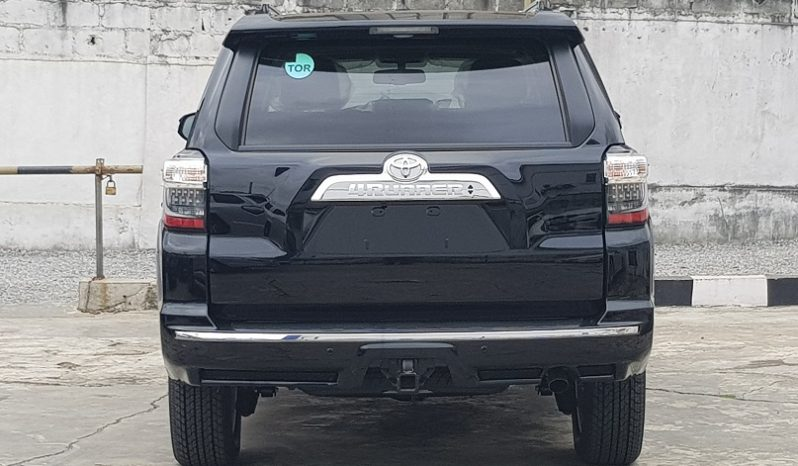 2017 Toyota 4Runner Limited Edition 4×4 (Black) – Premium Package/Smart keys/3rd Row seating/Running Boards full