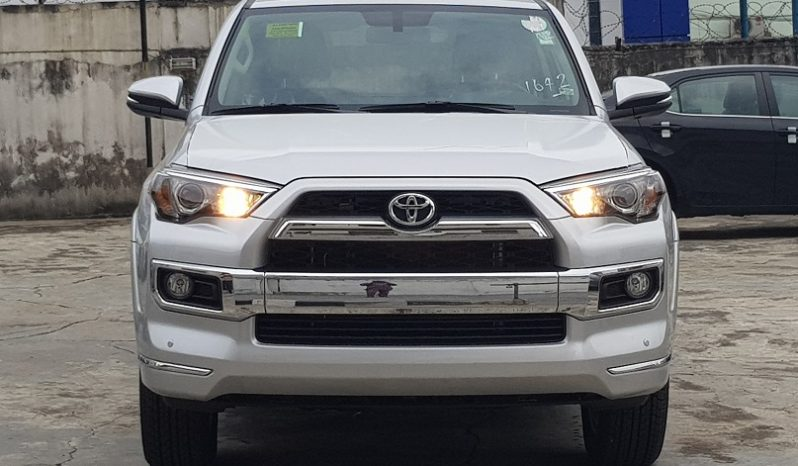 2017 Toyota 4Runner Limited Edition 4×4 (Silver) – Premium Package/Smart keys/3rd Row seating/Running Boards full