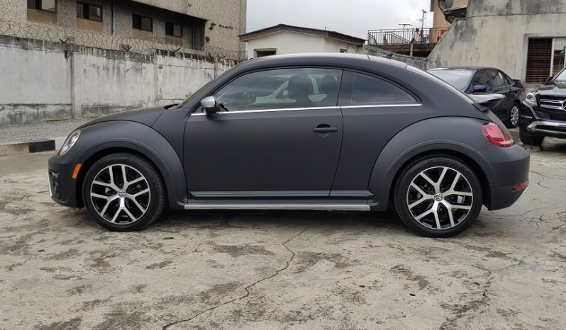 2017 Volkswagen Beetle (DUNE) Special Edition 1.8L Turbo / Matte Black / Rear View Camera / full
