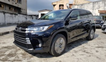 2017 Toyota Highlander Limited Platinum / Black / AWD / Panoramic Roof / Surround Cameras / Fully Loaded!!! full
