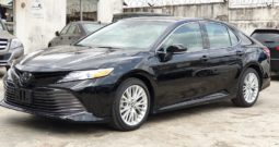 2018 Toyota Camry XLE Premium / Tech. Package / Black